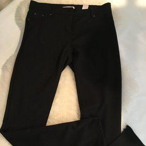 NEW Romeo & Juliet Black Knit Leggings